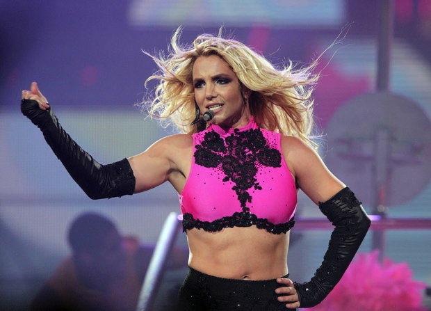 Britney Spears continua turnê em Las Vegas
