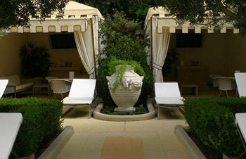 Caesars Palace Las Vegas luxury rooms - online booking